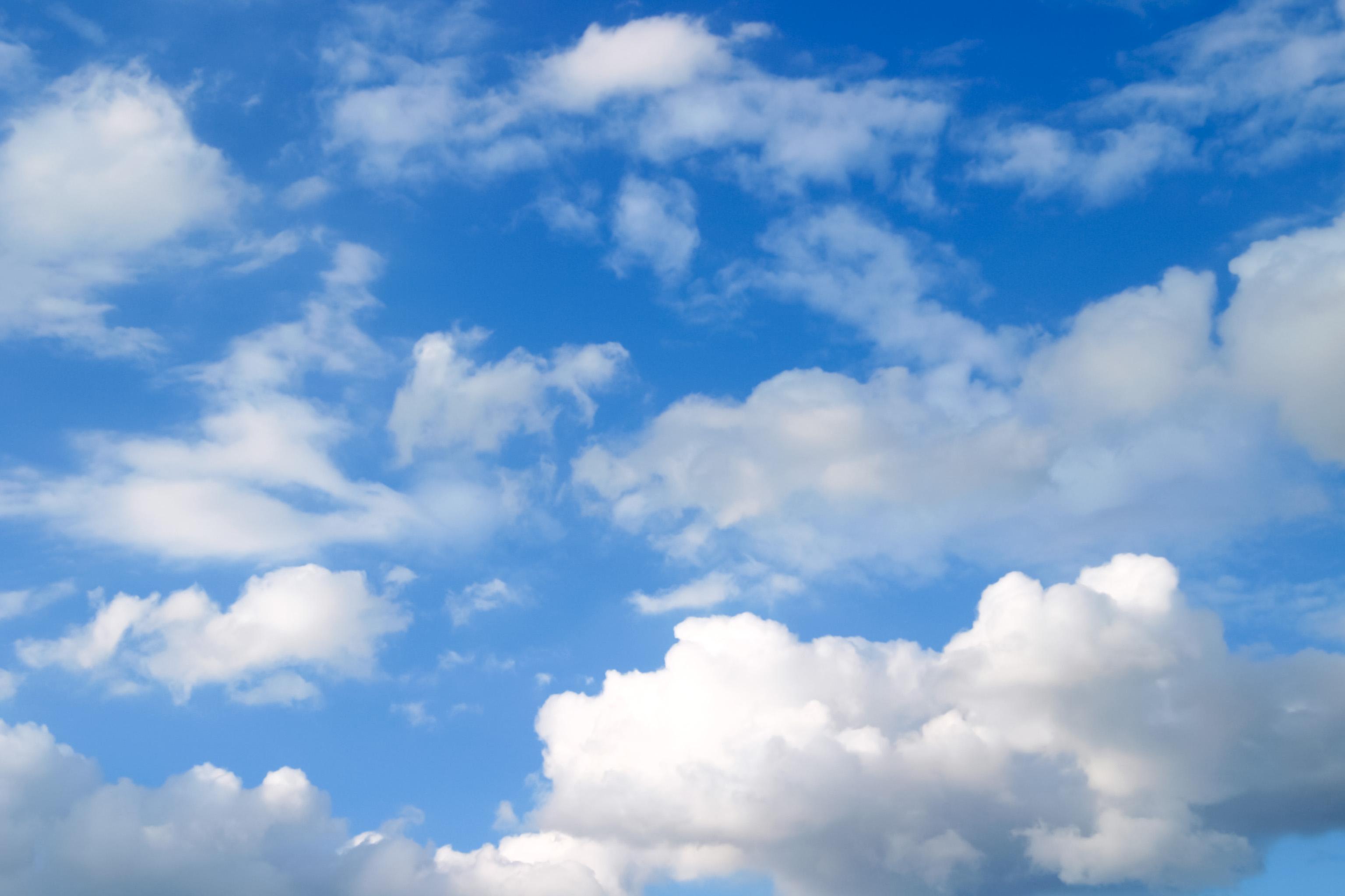 清々しい空 Free Photos L/RGB/JPEG/350dpi