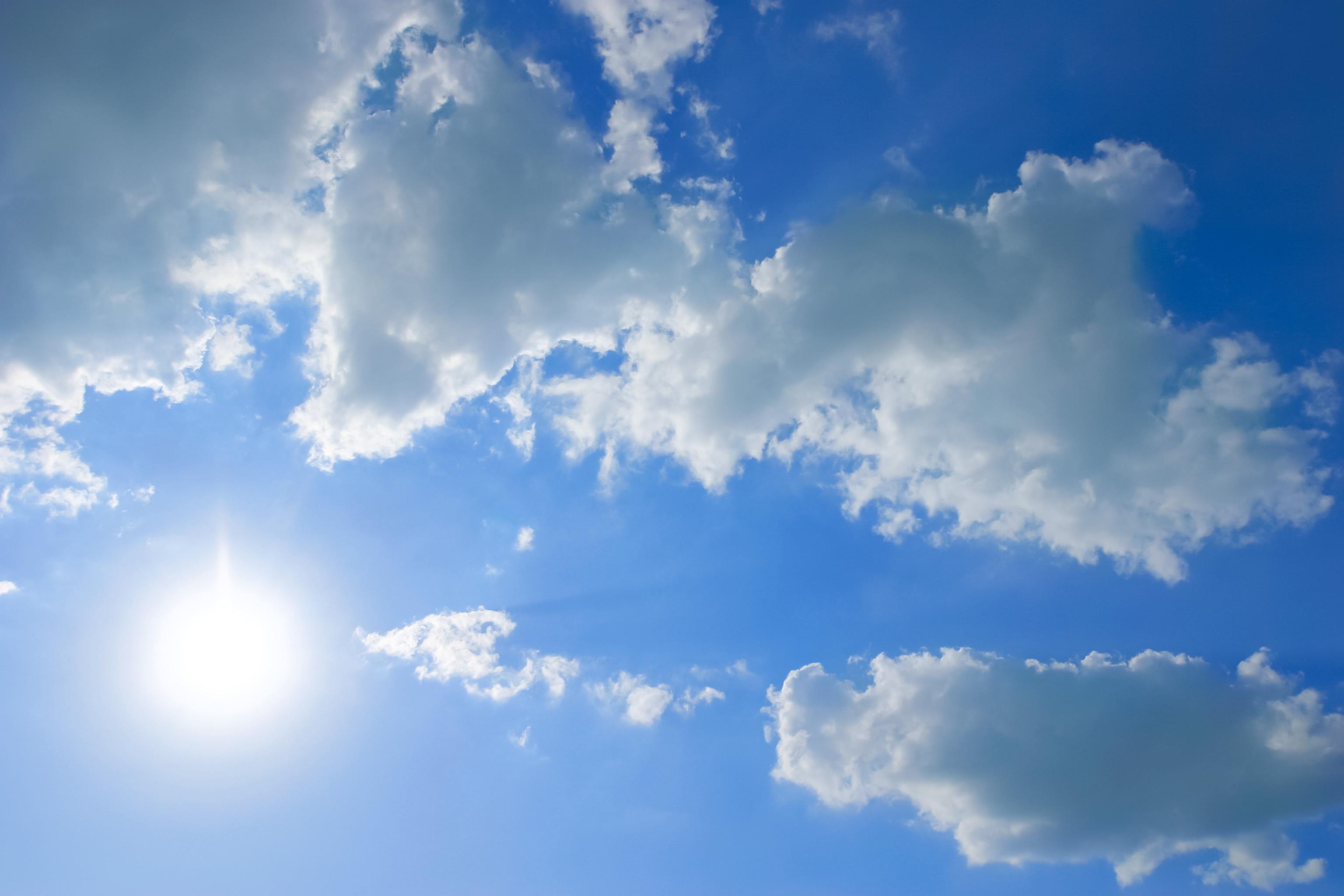 太陽と雲 Free Photos L/RGB/JPEG/350dpi